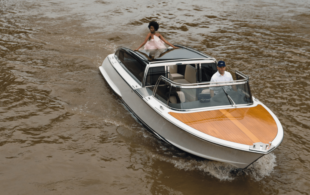Very-First-Water-Limousine