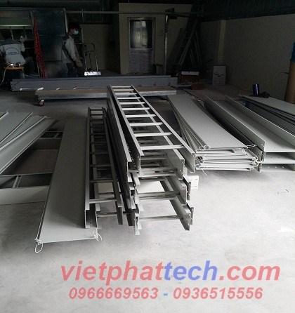 thang-cap-300x100-son-tinh-dien (1)