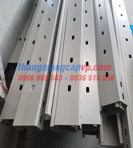 sản xuất máng cáp 70x50 sơn tĩnh điện
