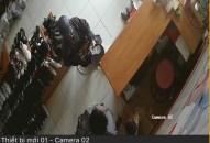 Lời kể của chủ cửa hàng giầy dép Hải Phòng về ăn xin mặt đen, cầm đầu gà