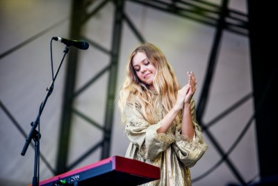artist:First Aid Kit, stage:Obelisk Stage