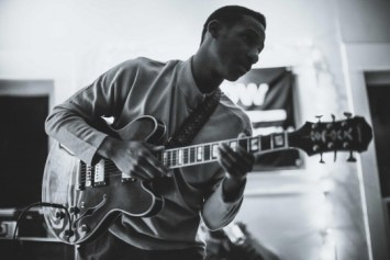 leon-bridges-press_2015_541_361