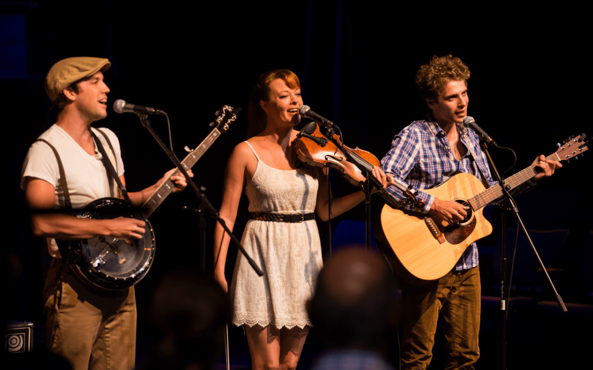 Live Review: The Blue Eyed Bettys - Rockwood Music Hall, NYC