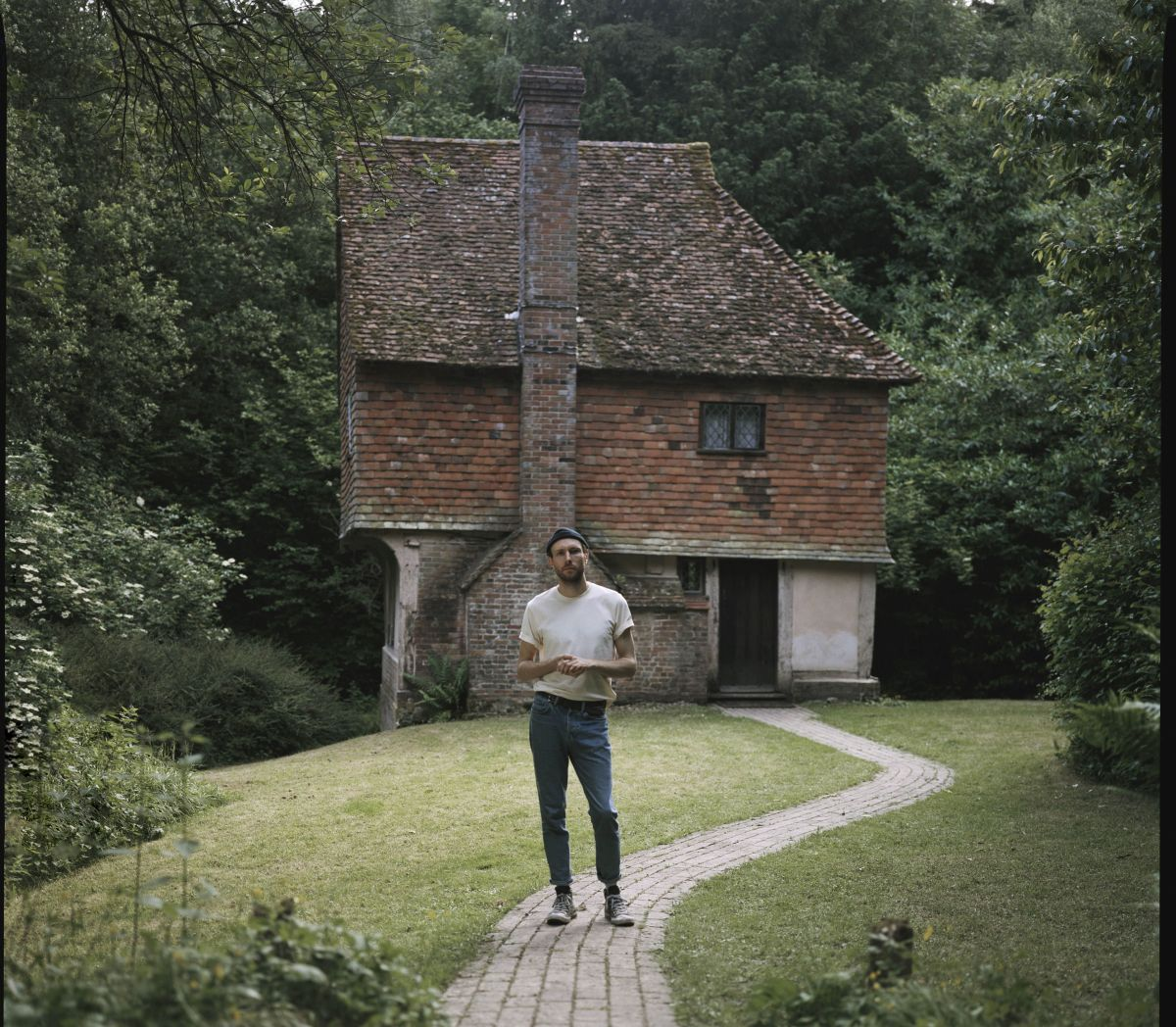 New Release & Video: Novo Amor - Birthplace