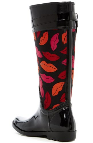 cizme de ploaie lungi negru cu imprimeu buze rozii si roz