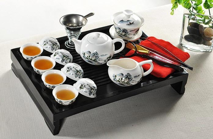 masuta pentru servirea ceaiului puerh