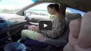 O femeie a nascut in masina pe scaunul din dreapta