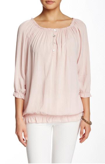Bluza roz prafuit cu maneci trei sferturi si volanase by Luna