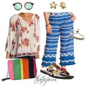 bluza tip ie cu flori cu pantaloni albastri largi cu volanase