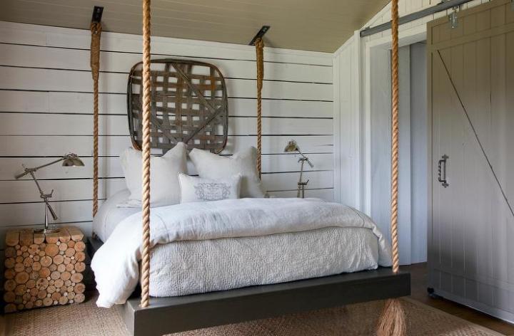 dormitoare cu usi glisante in mansarda