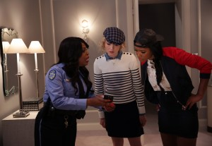 """SCREAM QUEENS: Pictured L-R: Niecy Nash as Denise Hemphill, Skyler Samuels as Grace and Keke Palmer as Zayday in the """"Chainsaw"""" episode of SCREAM QUEENS airing Tuesday, Sept. 29 (9:00-10:00 PM ET/PT) on FOX. ©2015 Fox Broadcasting Co. Cr: Patti Perret/FOX."""