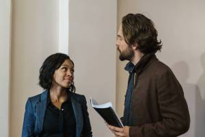 "SLEEPY HOLLOW: Abbie (Nicole Beharie, L) and Ichabod Crane (Tom Mison, R) in the ""Blood & Fear"" episode of SLEEPY HOLLOW airing Thursday, Oct. 15 (9:00-10:00 PM ET/PT) on FOX. ©2014 Fox Broadcasting Co. CR: Tina Rowden/FOX"