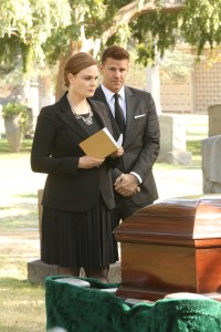 """BONES:  L-R: Emily Deschanel and David Boreanaz in the """"The Final Chapter:  The Grief and the Girl"""" episode of BONES airing Tuesday, Feb. 21 (9:01-10:00 PM ET/PT) on FOX.  ©2017 Fox Broadcasting Co.  Cr:  Patrick McElhenney/FOX"""