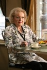 """BONES: Guest star Betty White in the """"The Final Chapter: The Radioactive Panthers in the Party"""" episode of BONES airing Tuesday, March 14 (9:01-10:00 PM ET/PT) on FOX. ©2017 Fox Broadcasting Co. Cr: Patrick McElhenney/FOX"""