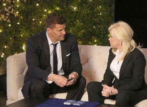 """BONES:  L-R:  David Boreanaz and guest star Cyndi Lauper in the """"The Final Chapter:  The Day In The Life"""" episode of BONES airing Tuesday, March 21 (9:00-10:00 PM ET/PT) on FOX.  ©2017 Fox Broadcasting Co.  Cr:  Ray Mickshaw/FOX"""