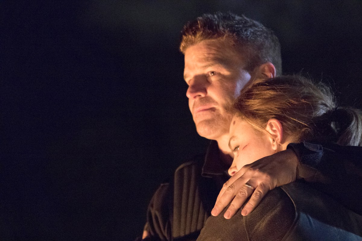 "BONES 12x12 Stills: ""The End in the End"" (Series Finale)"