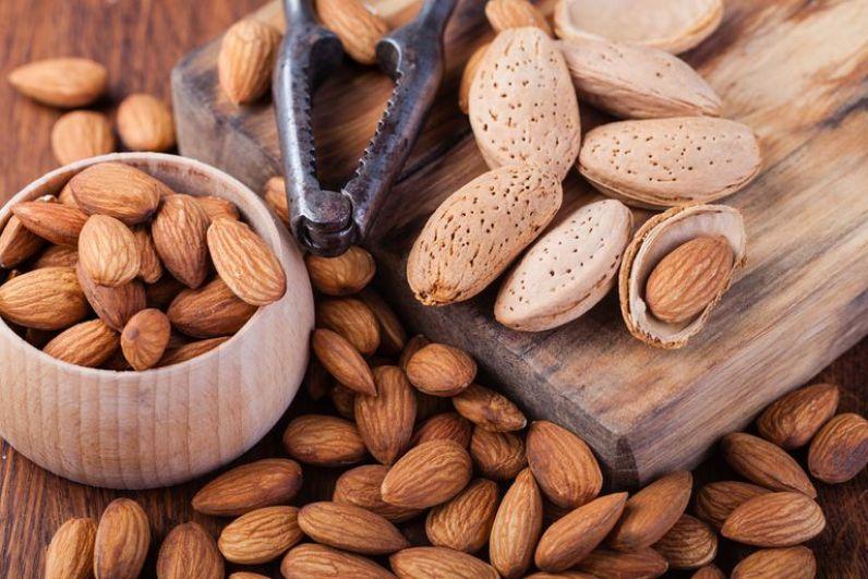 أطعمة تساهم في تحسين صحة القلب