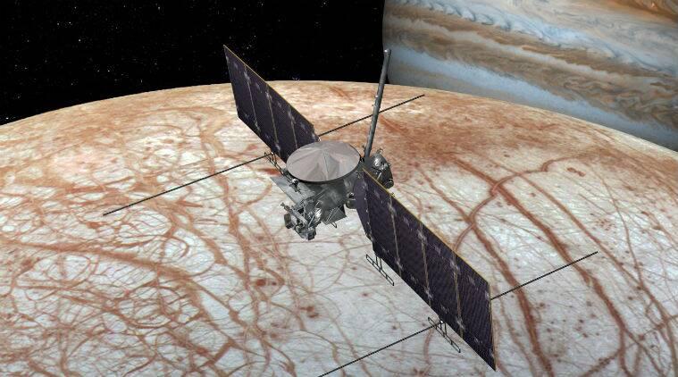 القمر الصناعي لإستكشاف القمر اوروبا