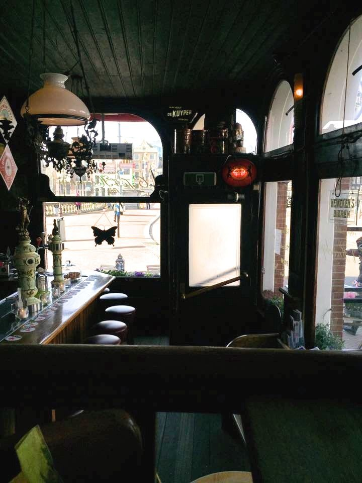 2 Days In Amsterdam - Travel Tales: Cafe