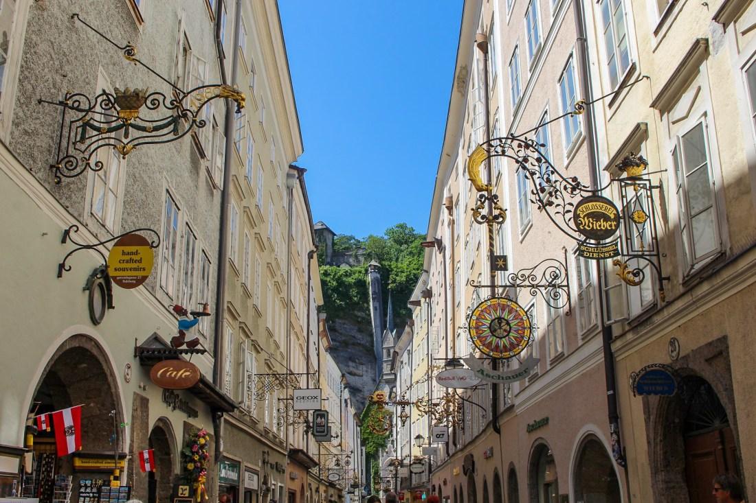 Salzburg itinerary - Getreidgasse street