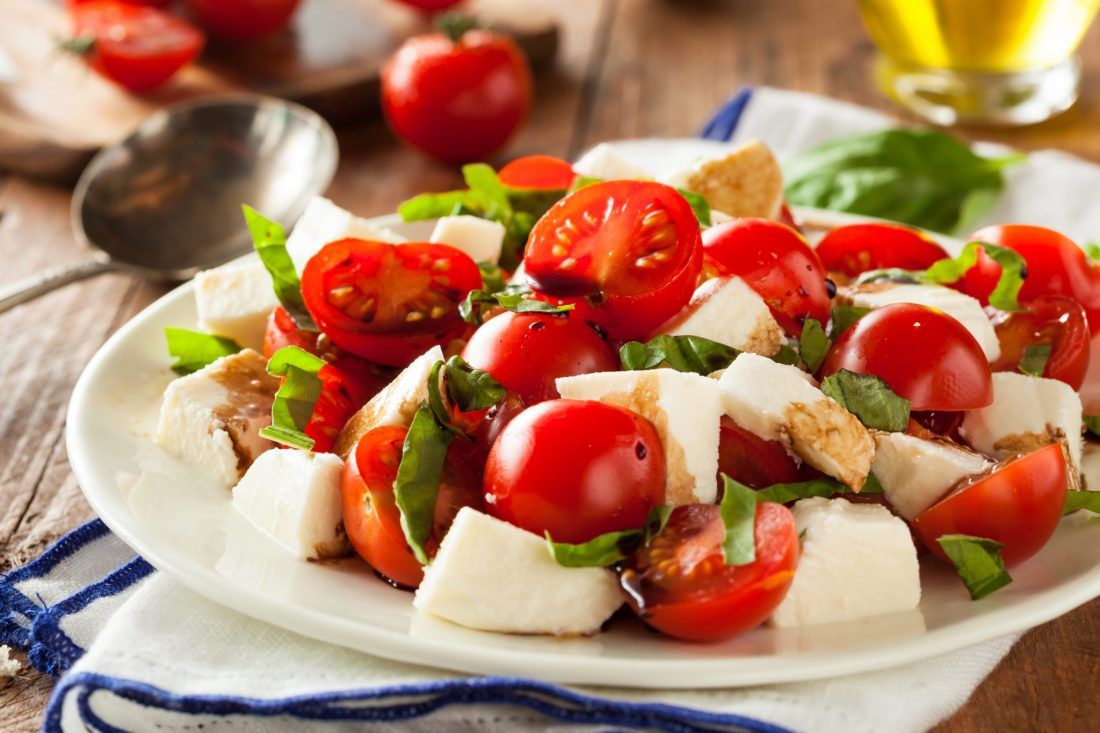 A fresh caprese salad with tomatoes and mozzarella. This is one of the best things to eat in Capri!