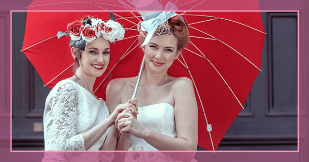 How to do a travel themed wedding