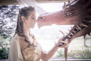 Game of thrones - dragon - wedding inspiration - bride and dragon picture