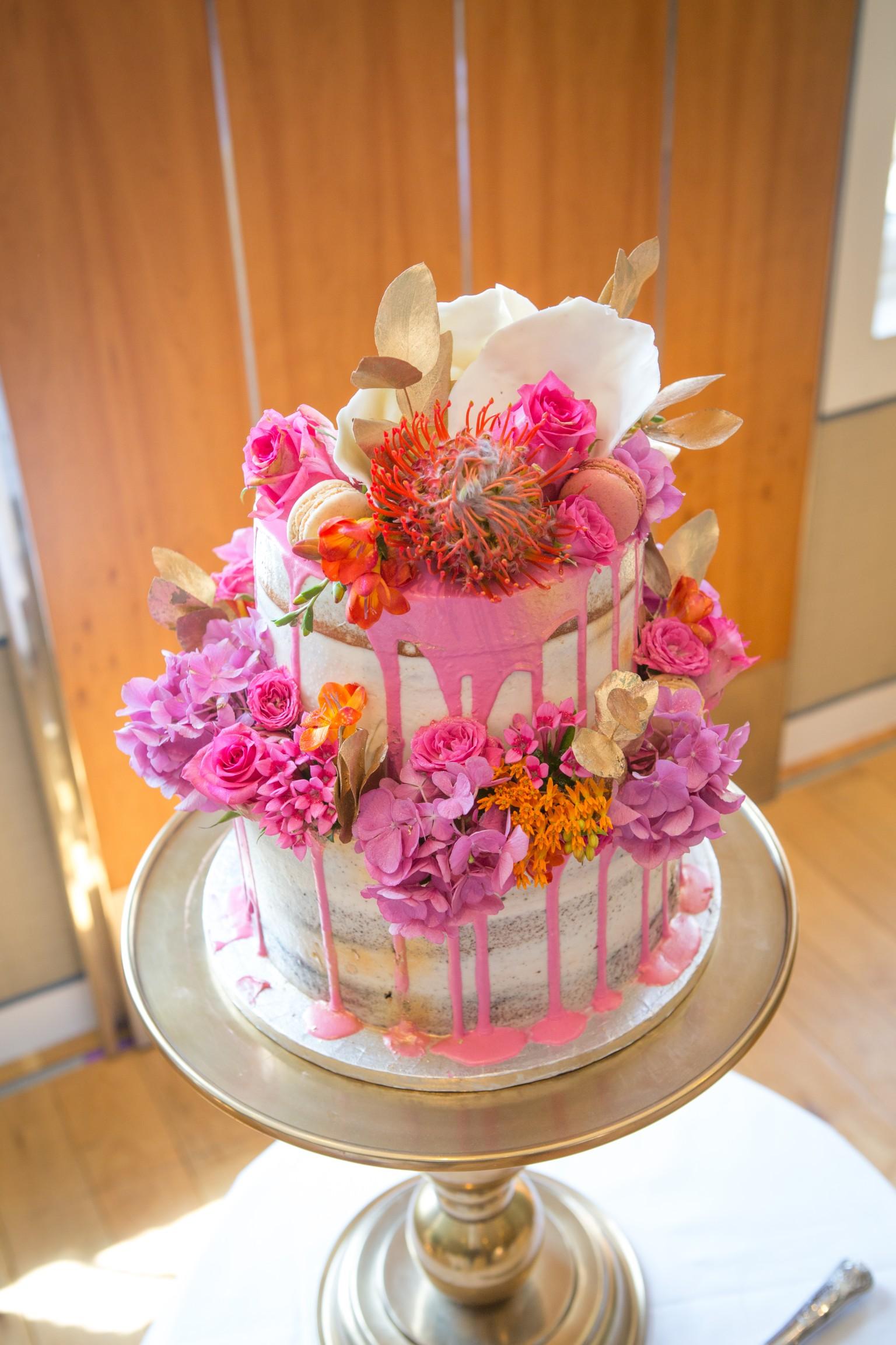 colourful wedding cake - pink drip cake - gold and pink wedding cake 2