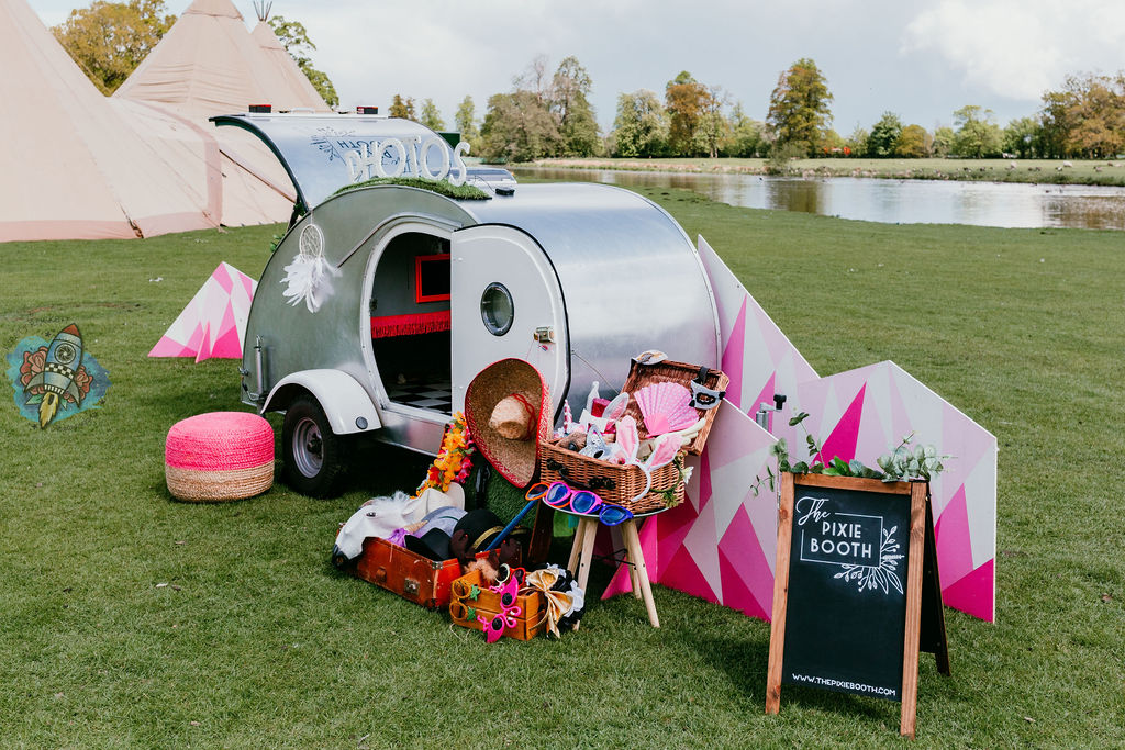 outdoor photo booth - the pixie booth - marquee wedding - tipi wedding - how to plan an outdoor wedding