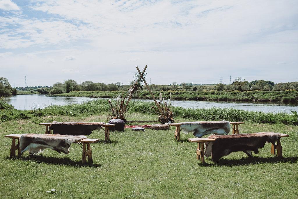 cuttlebrook - derbyshire outdoor wedding venue - field wedding - tipi wedding venue east midlands - river wedding - outdoor ceremony area 2