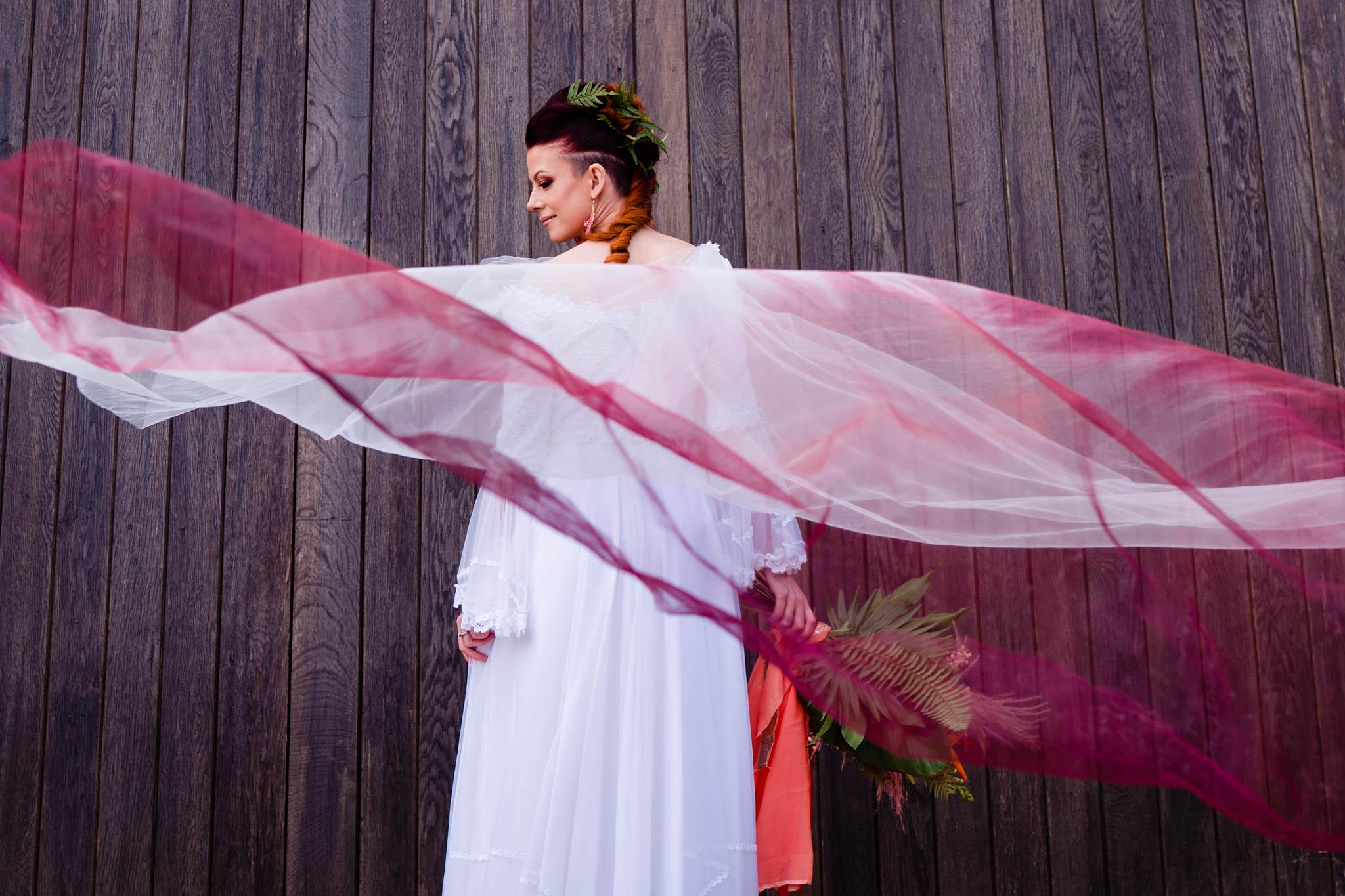 dip dye veil - ombre veil - unique bridal wear - modern bridal wear - modern tropical wedding - modern wedding - modern bride - east midlands wedding planner