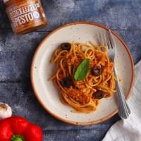Red Pepper Pesto Spaghetti