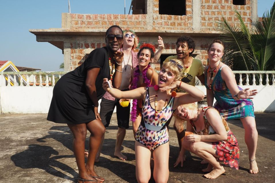 christmas whilst travelling how to have the best orphan christmas ever goa rooftop bangra barbie