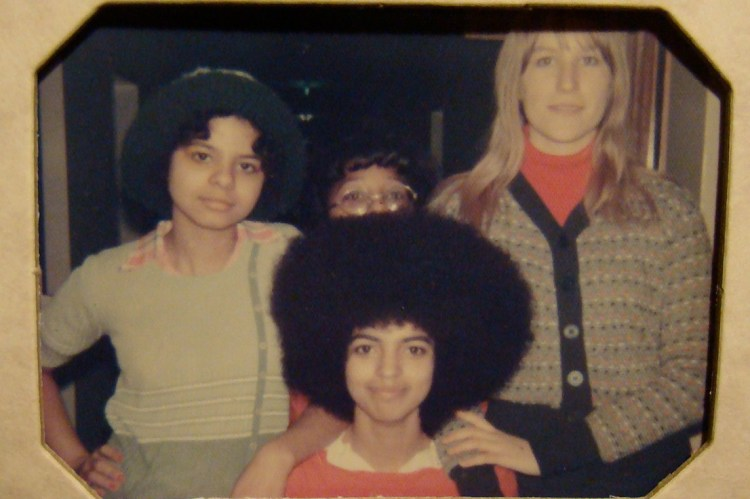 Cheryl Ragsdale and friends with 70s afro hairstyle