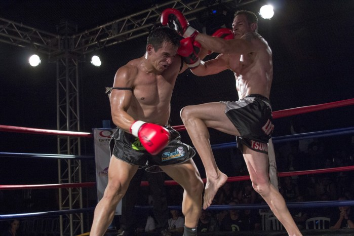muay thai fighters competing