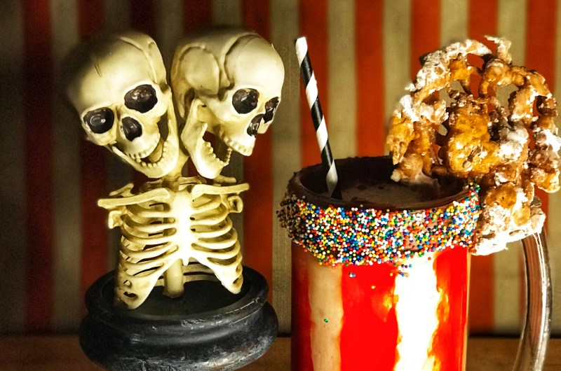 FREAKSHAKE (APPLE PIE MOONSHINE MILKSHAKE)