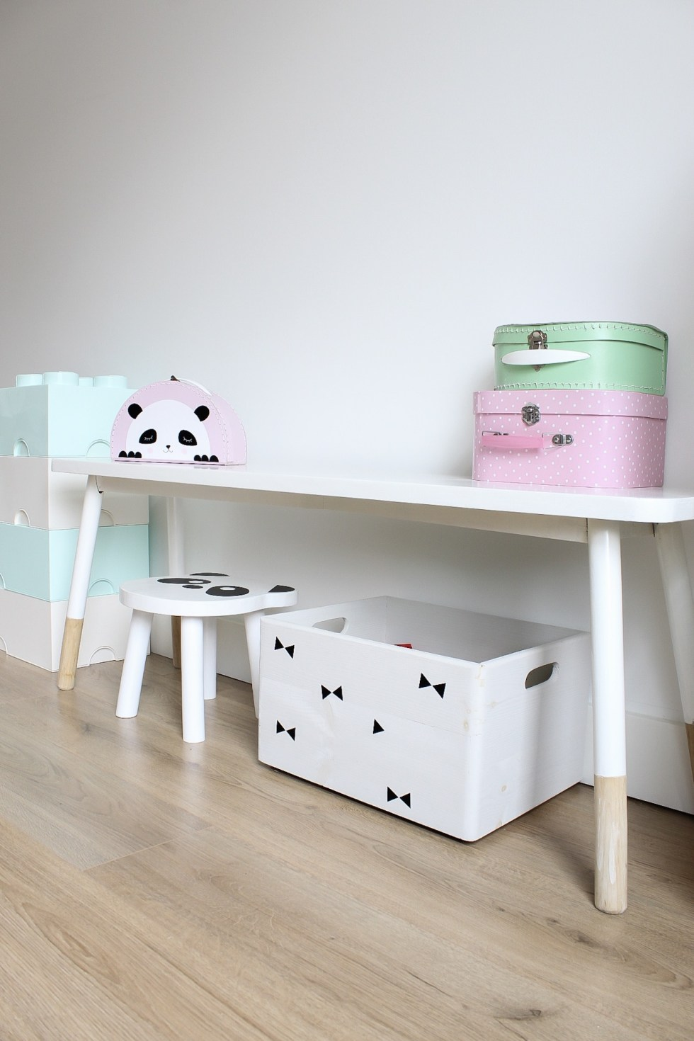 kids blogs, interieur blogger, mama blogger, mamablog, speelhoek, kids corner, playroom, kinderkamer, kids interior, playroom, thathomepage, kinderhoek, speelgoed opruimen, speelgoed opbergen, kinderspullen