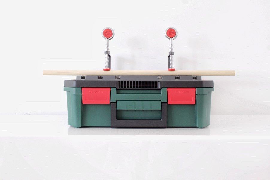 Bosch, Bosch Home & Garden, Bosch decoupeerzaag, decoupeerzaag, PST 700 SystemBox, PST 700, systeembox, Bosch systeembox, Bosch systeembosch, zaag, elektrische zaag, klussen, diy, zelf maken, tuin, tuininspiratie, interieurinspiratie, interieurblog, thathomepage, (th)athomepage, zaagtafel, werkbank, opbergbox, zagen