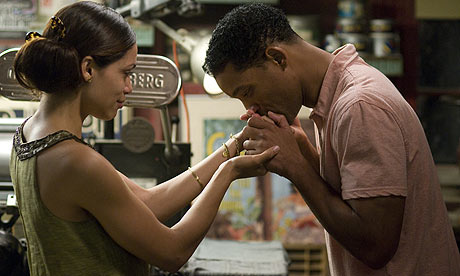 Rosario-Dawson-and-Will-S-002