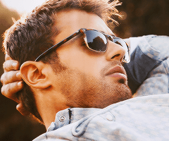 theo-james-ray-ban