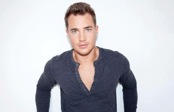alexander dreymon biography