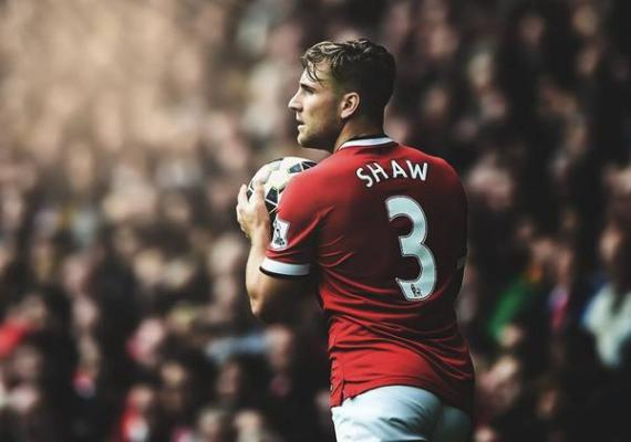 luke shaw dat ass