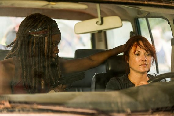 michonne-and-red