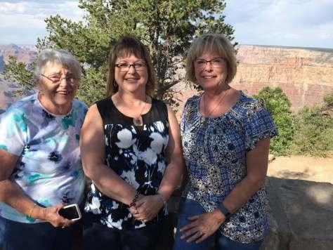 Mom, Sue, Kim, Grand Canyon, 2016