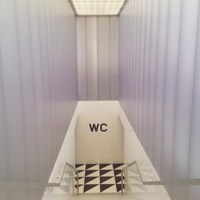 INGRIDESIGN @ wes anderson's bar luce WC