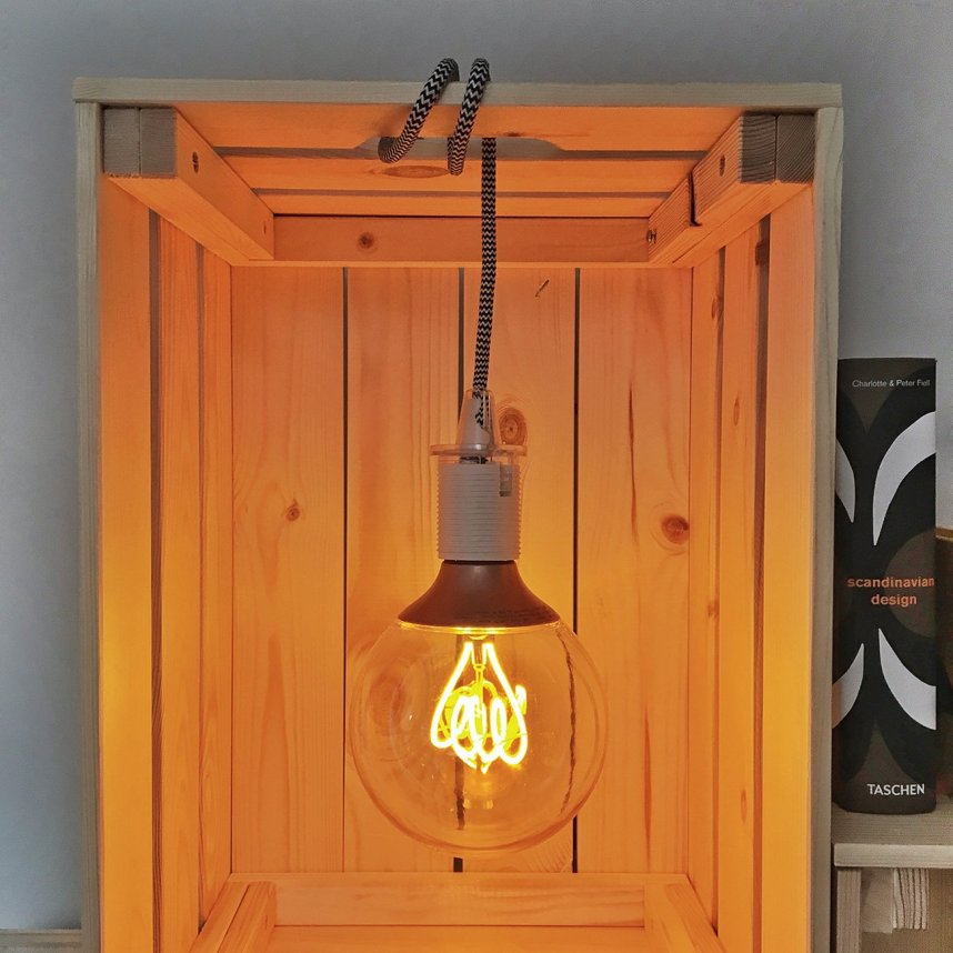 INGRIDESIGN_DIY_knagglig storage with light on
