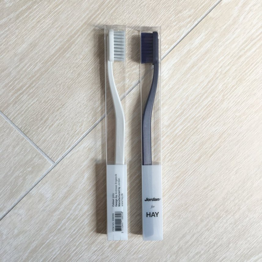 HAY-news-2016-tann-toothbrush-jordan-andreas-engesvik