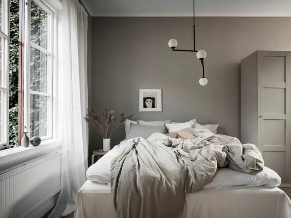 scandinavian bedroom design grey 30 COZY SCANDINAVIAN BEDROOMS | thatscandinavianfeeling.com
