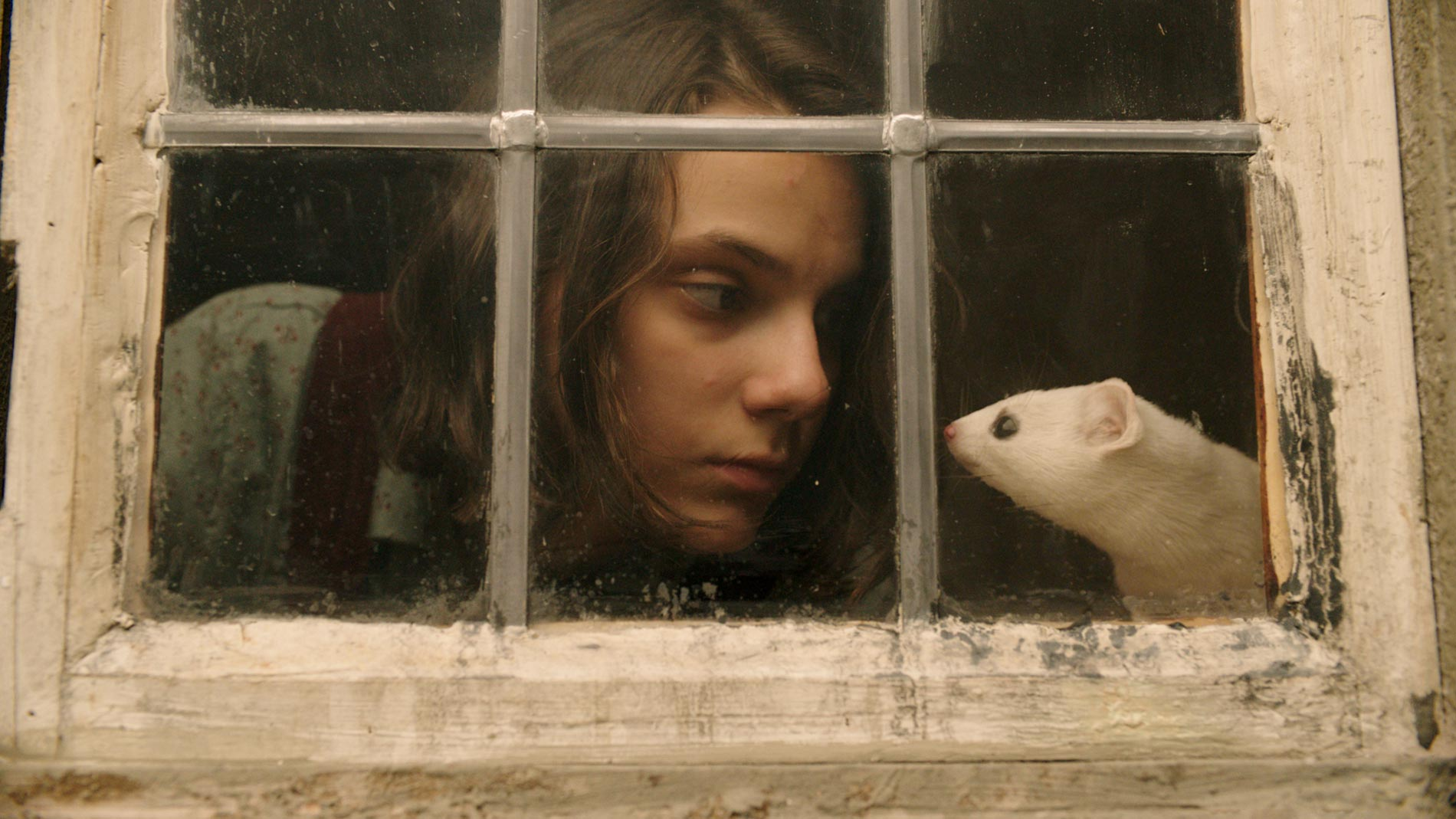 "His Dark Materials Episode 1.01 Review: ""Lyra's Jordan"""