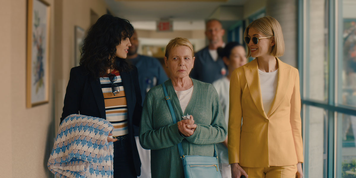 TIFF 2020: I Care A Lot Review